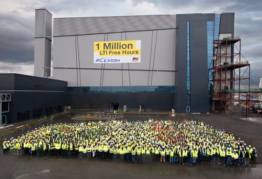 Employees celebrate 1 million LTI free hours